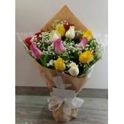 Bouquet uma duzia de rosas colorido