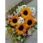 Ramalhete girassol com mix de flores