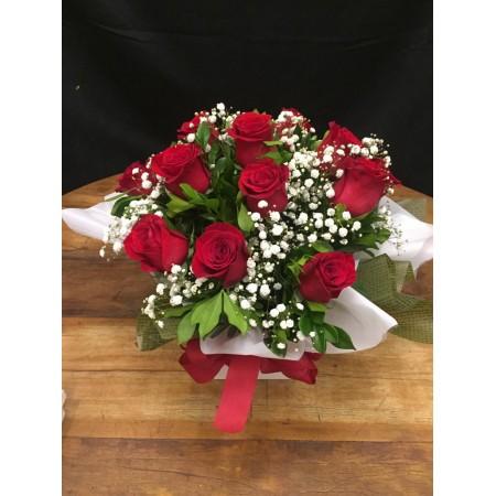 Buquê com 18 rosas vermelhas na caixa